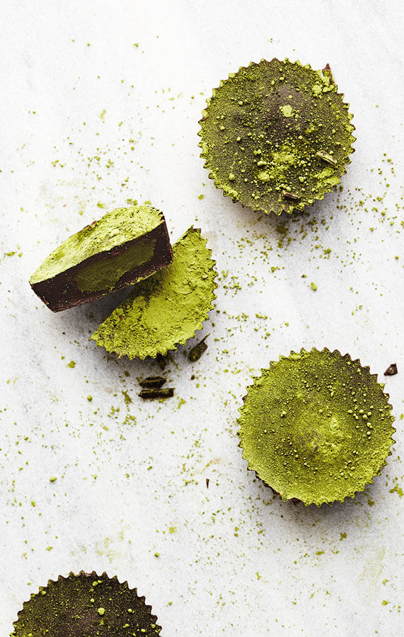 37 Awesome Matcha Green Tea Recipes: Matcha Coconut Butter Cups