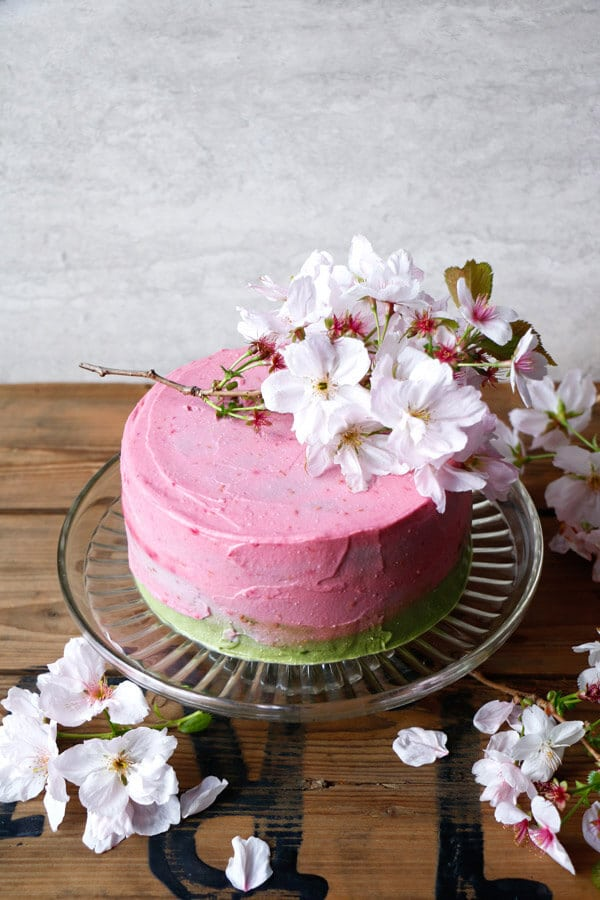 Healthy Wedding Cake Recipes: Raspberry Matcha Cake